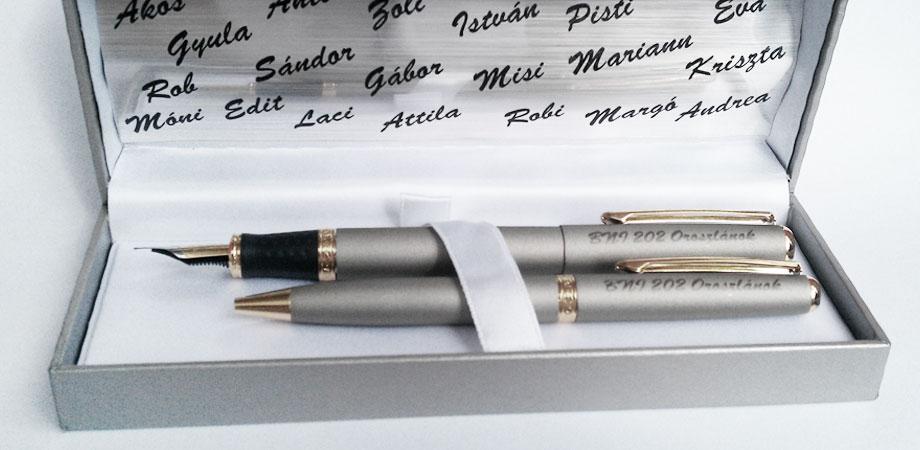 gravírozott tollak