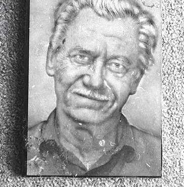 fotó gravírozás idős férfi lézergravírozás